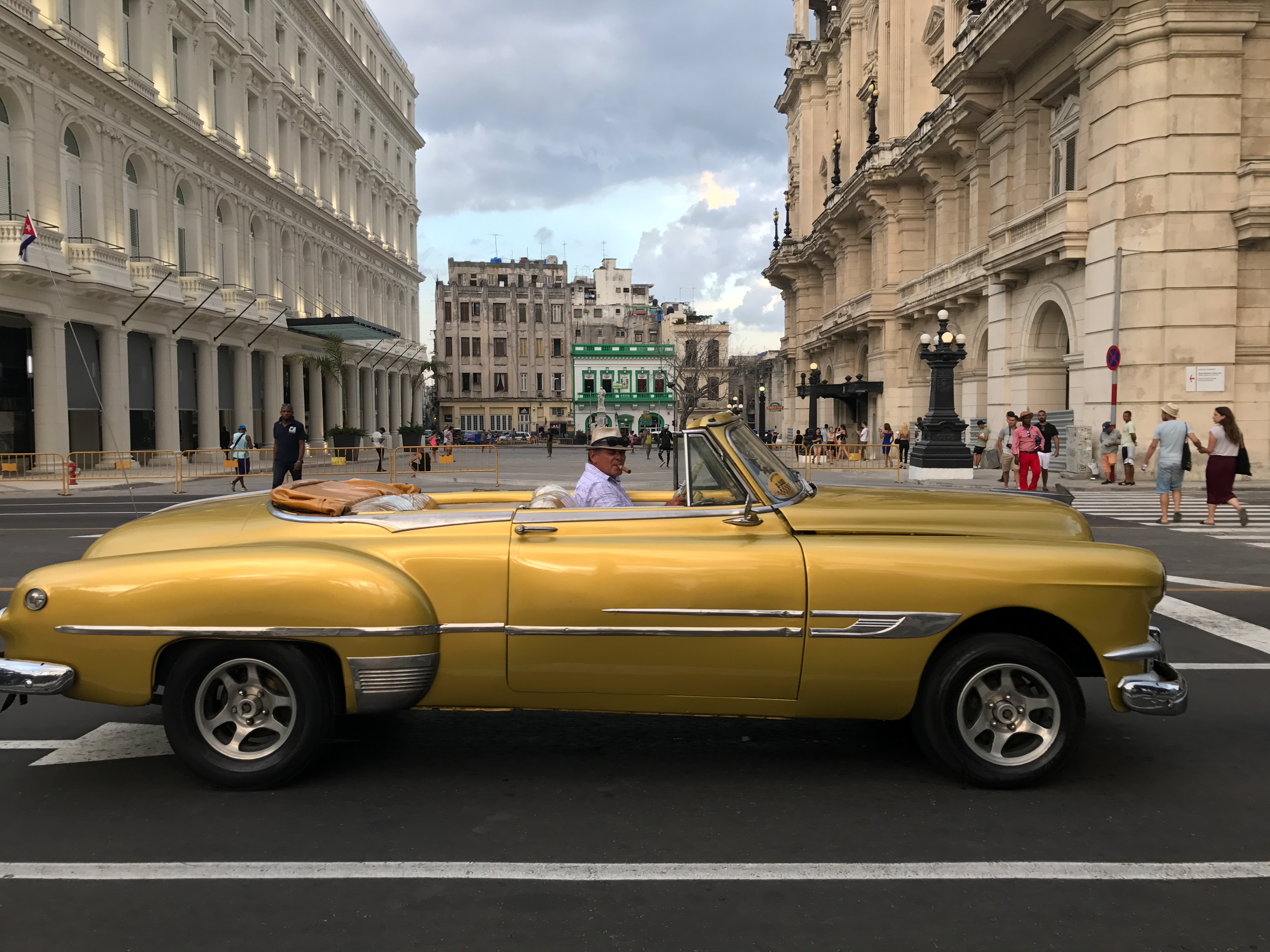 You Can't Visit Cuba Without Reading These Books
